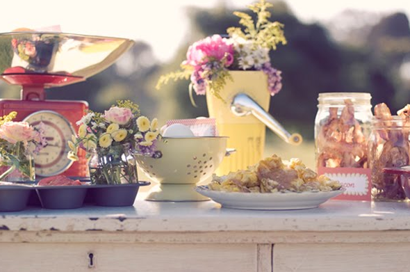 Vintage Breakfast Inspired Shoot